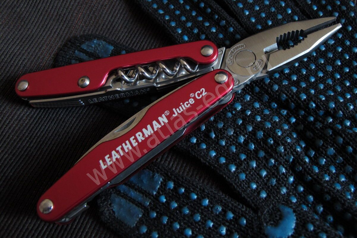 "Мультитул Leatherman ""Juice C2"" красный"