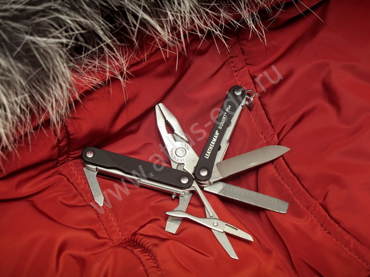 "Мультитул Leatherman ""Squirt PS4"" черный 831234"